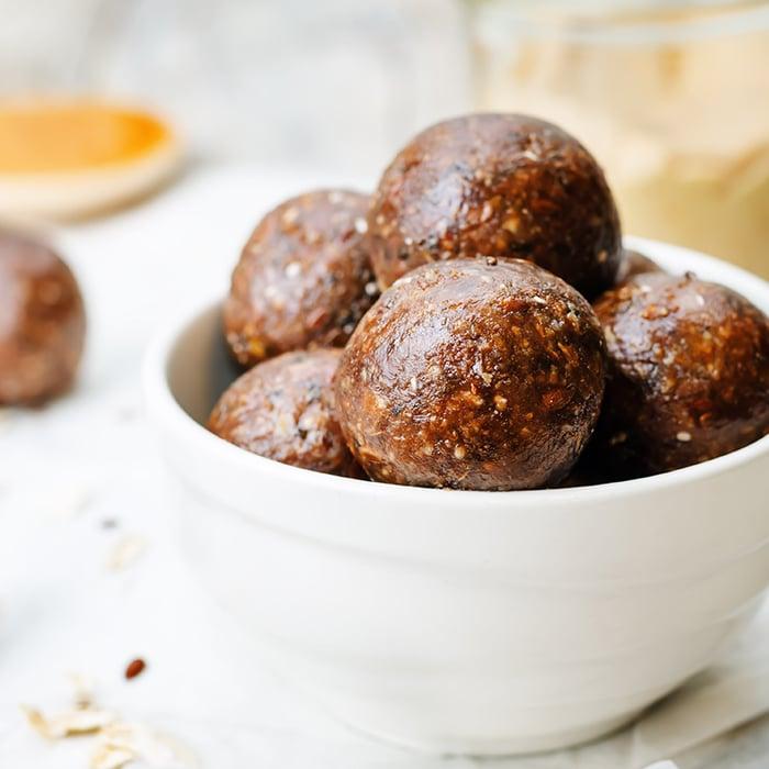 Protein Balls | Biogen SA | Chocolate Peanut Butter Protein Balls